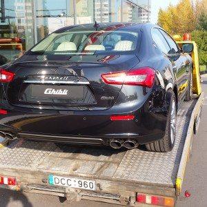 Sportinių automobilių transportavimas 03