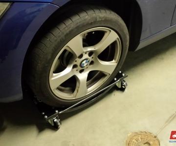 TPVA nario automobilio pakrovimas užstrigus vairo mechanizmui
