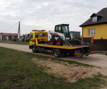 TPVA mini krautuvo transportavimas (bobcat)